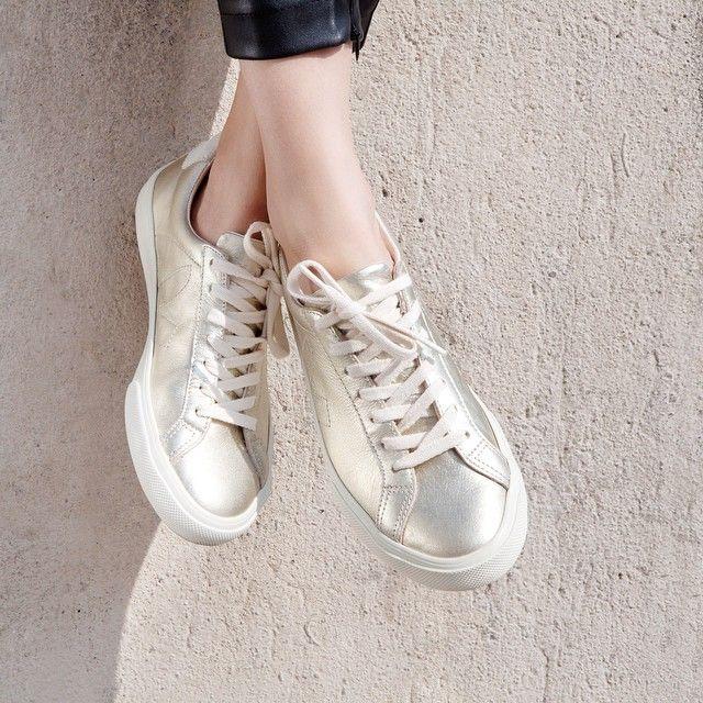 Veja esplar gold #leatherkicks #lowchrome #veja #vejashoes #sustainablefashion