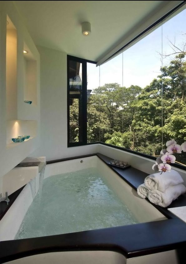 Master bathroom :with amazing view