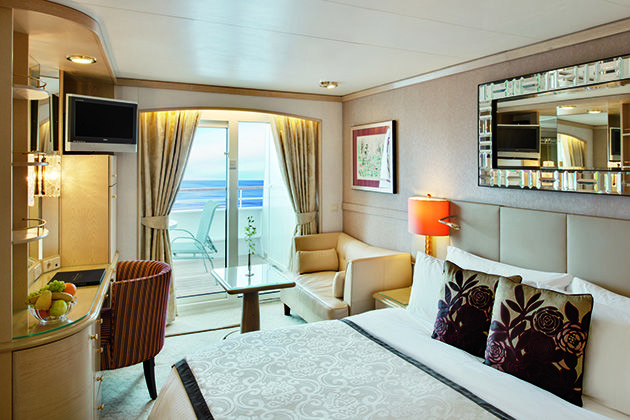 Crystal Symphony Deluxe Stateroom with Verandah (Photo: Crystal Cruises)