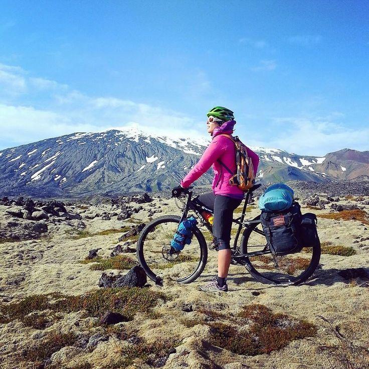 Sergio y Amelia en Islandia 2015 con alforjas #Carradice y transportines #Oldmanmountain #avantumbikes