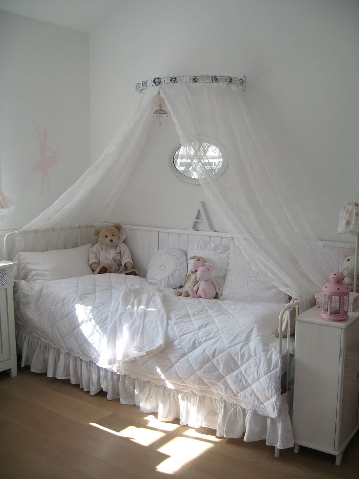 Girls Bedroom Whitewashed Cottage Chippy Shabby Chic French Country Rustic Swedish Decor Idea