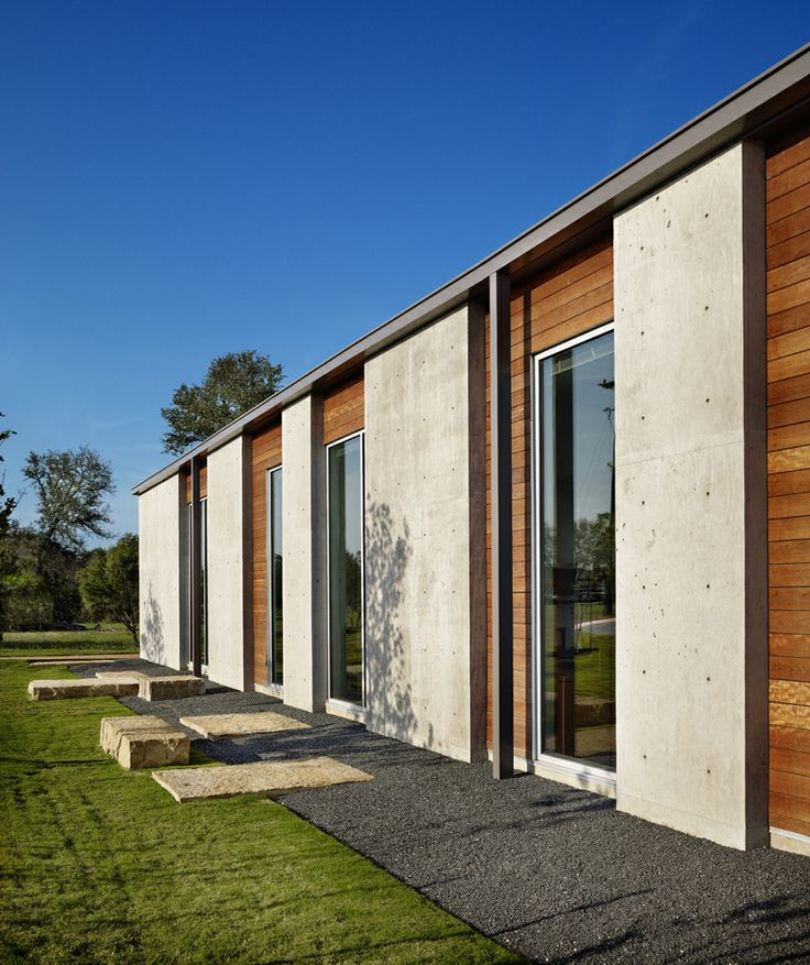 New Entry into the WAN Concrete in Architecture AWARD 2014. Unreinforced Concrete Office Building by Page  © Casey Dunn
