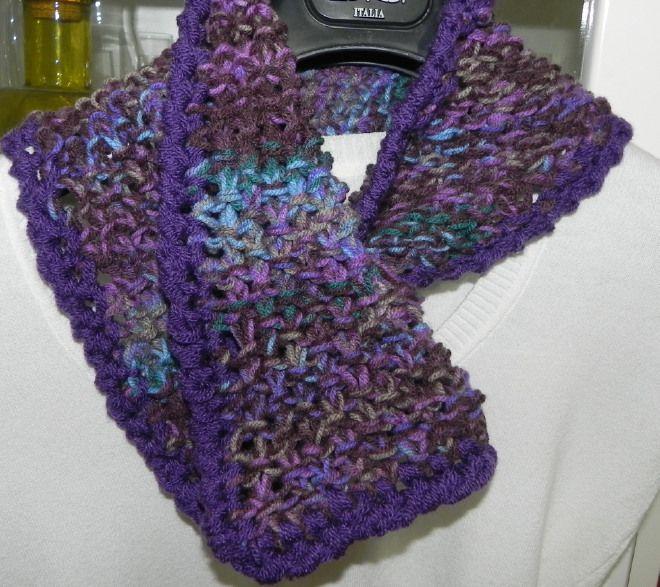 Sciarpa triangolo a maglia