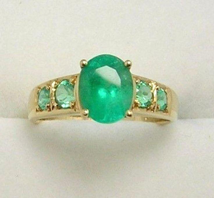 Colombian Emerald Oval Shape-Round 1.79 Cts Ring 18K Gold Ring Size 7.5 MuzoMine #CiCeRi #Engagement #Engagementorrighthandring
