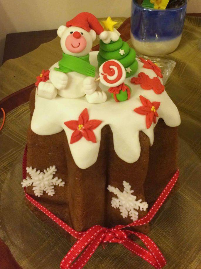 Panettone decorato in pasta di zucchero da Mariù