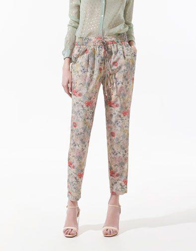 flower print trousers... or pajama pants?