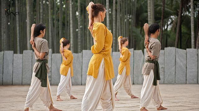 Isha's 21 day Hata Yoga Program is an opportunity to learn five ancient and powerful practices, and align one's system with the cosmos.    Sadhguru: Hata Yoga means that you want to be in absolute sync with …