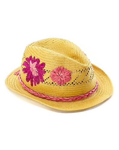 Cute summer hats for kids and ladies.