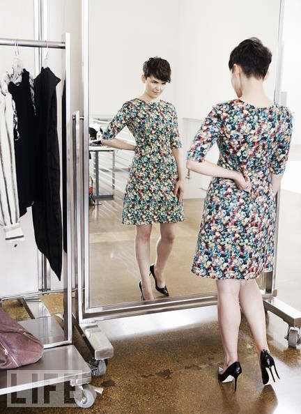 Ginnifer Goodwin hair. Love this pic because it shows the front and back.