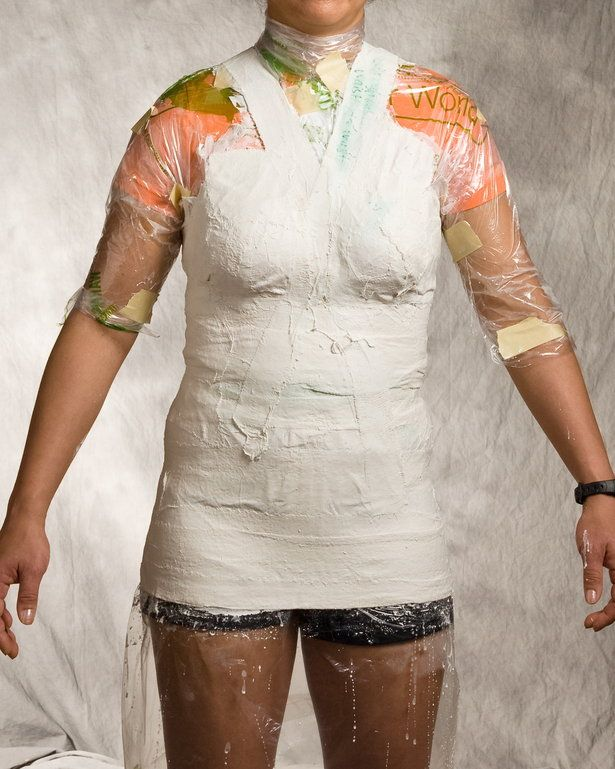 Links on how to make a dress form with plaster of paris bandages.