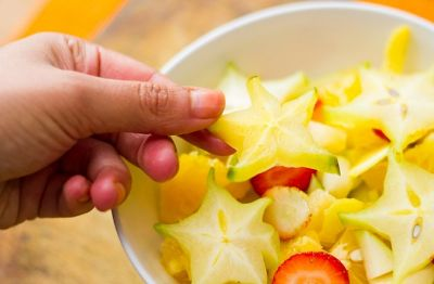 How To Eat A Star Fruit 2