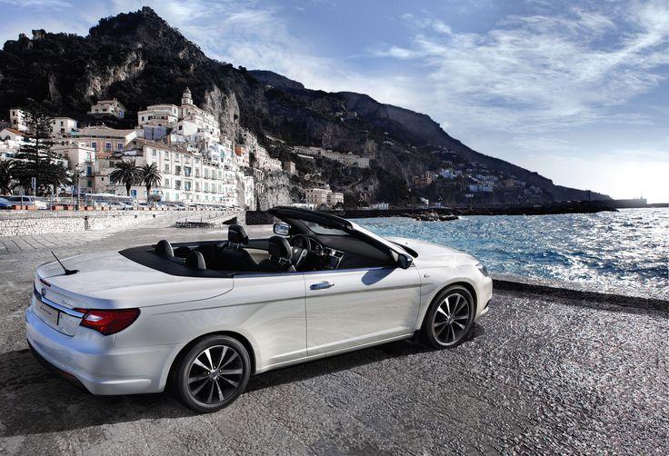 Lancia Flavia, nad nabrzeżem.