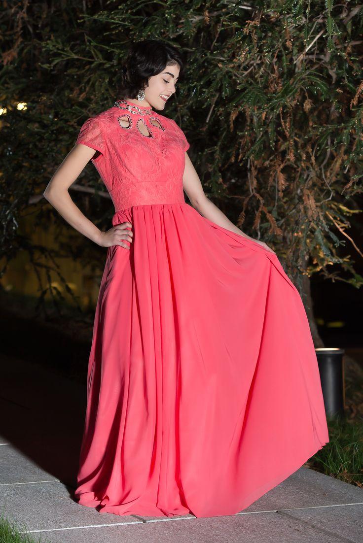 Jeanette black prom dress