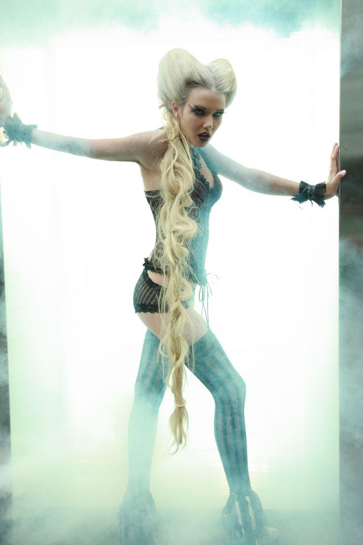 Glamazon! Hair By Wayne Richardson - KTIZO Hair & Skin Avant Garde Fashion and Hair