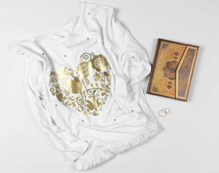 DRESS WITH GOLD FOLK ART HEART WITH TEXT FAITH HOPE LOVE