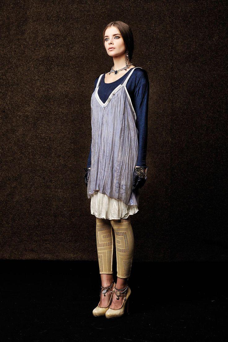 #danieladallavalle #collection #elisacavaletti #fw15 #white #dress #blue #shirt #sand #leggins #heels