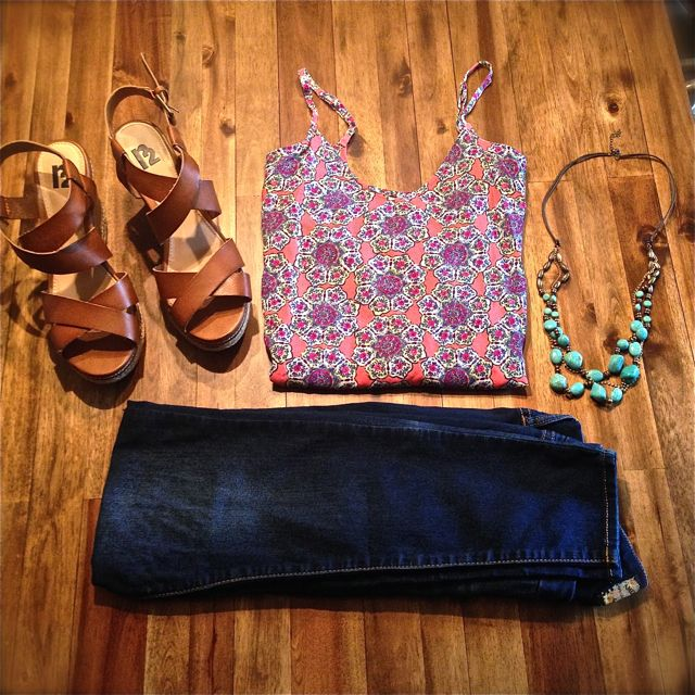 What to wear to a July cookout - blog post - www.pinterestpicks.com