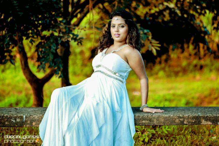 Lanka Celebrity Photo Gallery: Nuwangi Bandara Photo album
