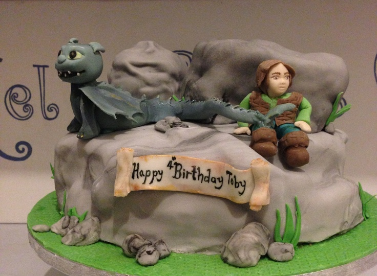 Disney how to train your dragon cake