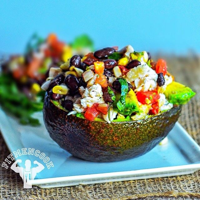 Tilapia stuffed avocado salad. I was just thinking about what I wanted for dinner and remembered this #TBT from a few months back. Yeah, I'll be enjoying this tonight. Scroll my page for the video #recipe but the ingredients are simple - baked fish, 1/2 diced avocado, beans, corn & pico de gallo. I often add black beans to dishes in order to boost protein and heartiness of low-carb meals. FitMenCook.com is almost finished and it'll be much easier to find content. Until then, scroll down…