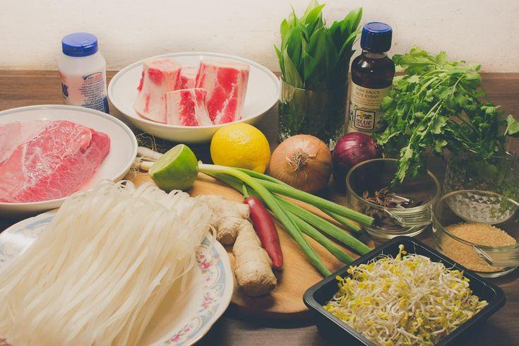 Prísady do vietnamskej polievky Pho Bo #food #recipes #vietnam #phobo #beef #beefbones #chilli #lemon #ginger