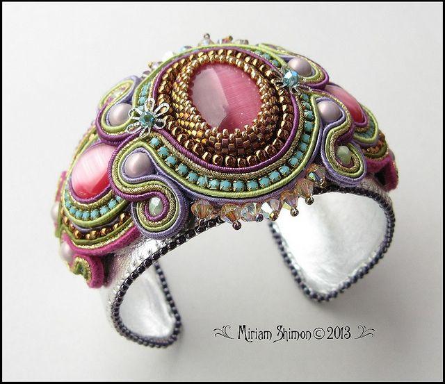 Pink and Turquoise Soutache bracelet | Flickr: Intercambio de fotos