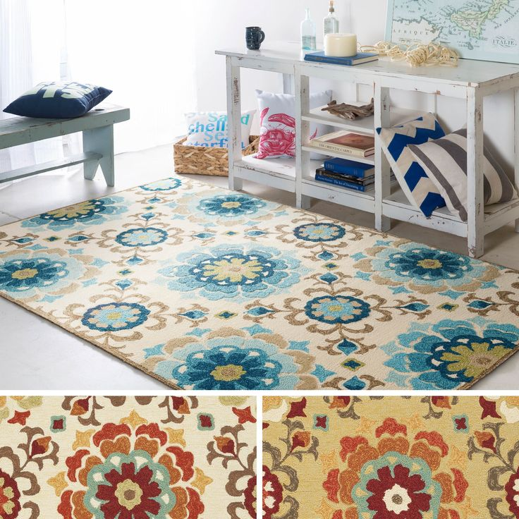 Hand Hooked From 100% Polypropylene This Rug Features A Indoor / Outdoor  Design With A