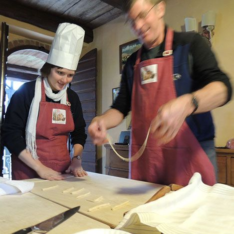 Slow Food Cooking School, Umbria. Only fresh and quality ingredients at our classes http://www.organicholidays.co.uk/at/3332.htm