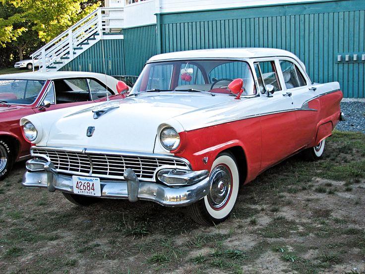 1956 Ford Customline Fordor Sedan
