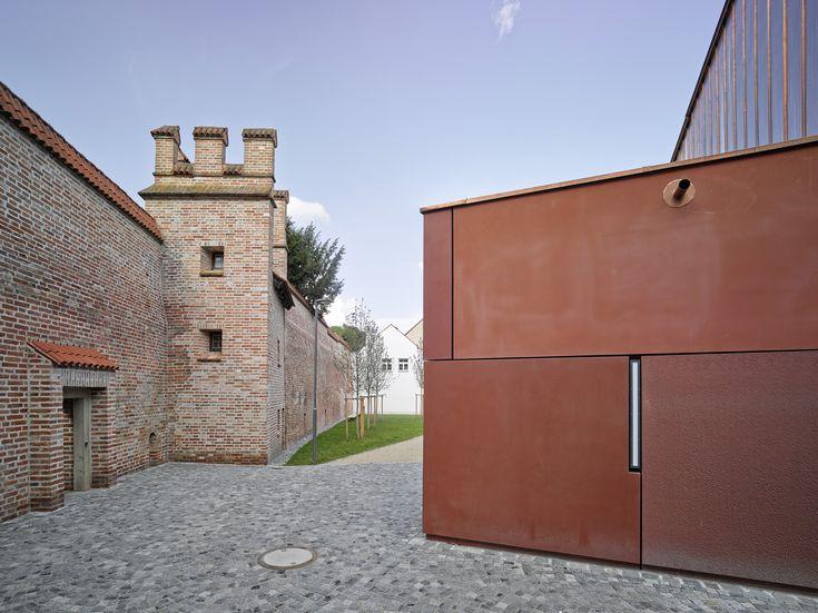 Double gymnasium in Landshut by Hirner & Riehl Architekten