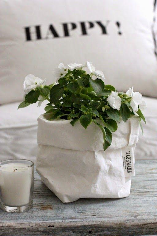 Korb mit Blume