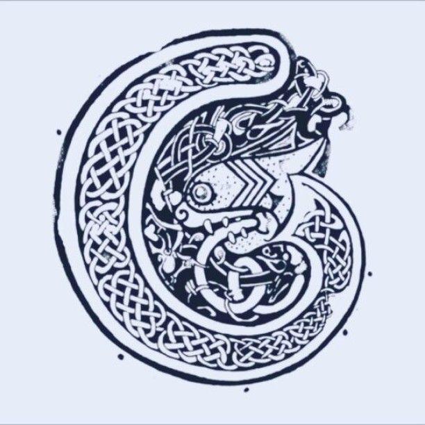 ..made a little breakdown vid of my 'Irish Twist' design here. Just click to add music! #celticdesigns #celtic #folklore #irish #ireland #legend #oldstyle #art #green #instalike #instaart #artoninstagram #artist #celticknot #irishart #paddysday #stpatricksday #timelapse #video #instavid #clip #instadraw #inkdrawing #irishtwist #gaelic