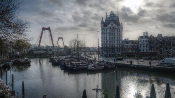 Oude Haven op een bewolkte dag