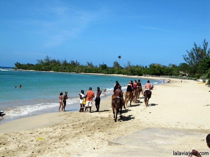 Paseo a caballo por la caribeña playa Fisherman's Beach, Jamaica
