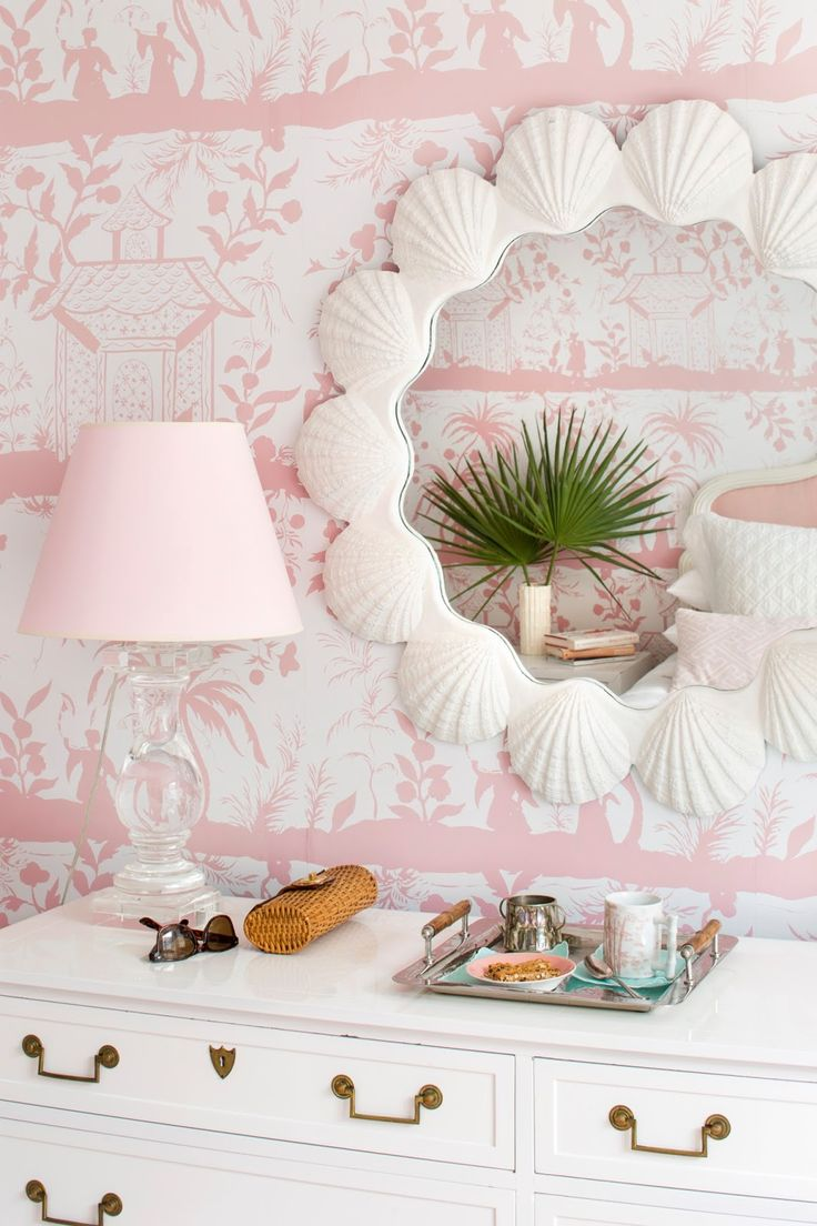 pale pink bedroom decor