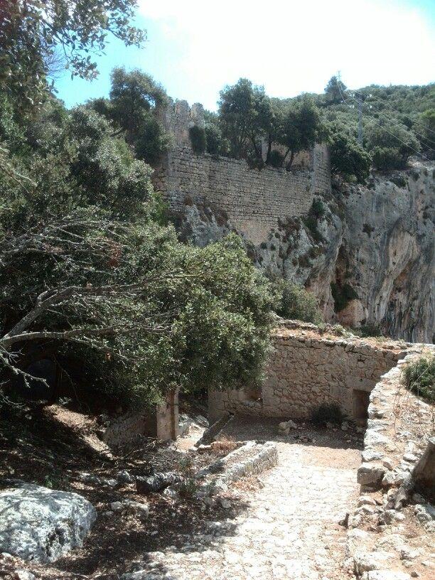 Serra tramuntana, castell Alaro.Mallorca