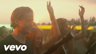 kygo - YouTube my love doesn't want me playing this anymore but lol I'm driving without her right now wink  So I'm playing it hahaha lol silly me jijiji