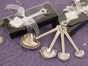 measuring spoons wedding favors, measuring spoons bomboniere