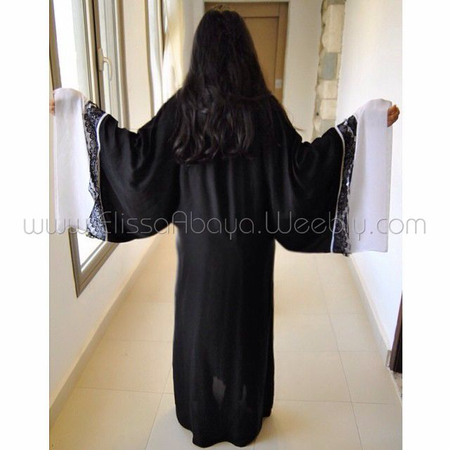 Code 043 #Saudi #Style #Kaftan #Wedding #Abaya #Abayafashion #Abayadesigns #Khaleeji #Hijab #modern #Kimono #khaliji #butterfly #everyday #Elegant #Muslim #overhead #colored #sleeves #bisht #chic #velvet #Cape #Dentelle #Umbrella #Couture #islamic