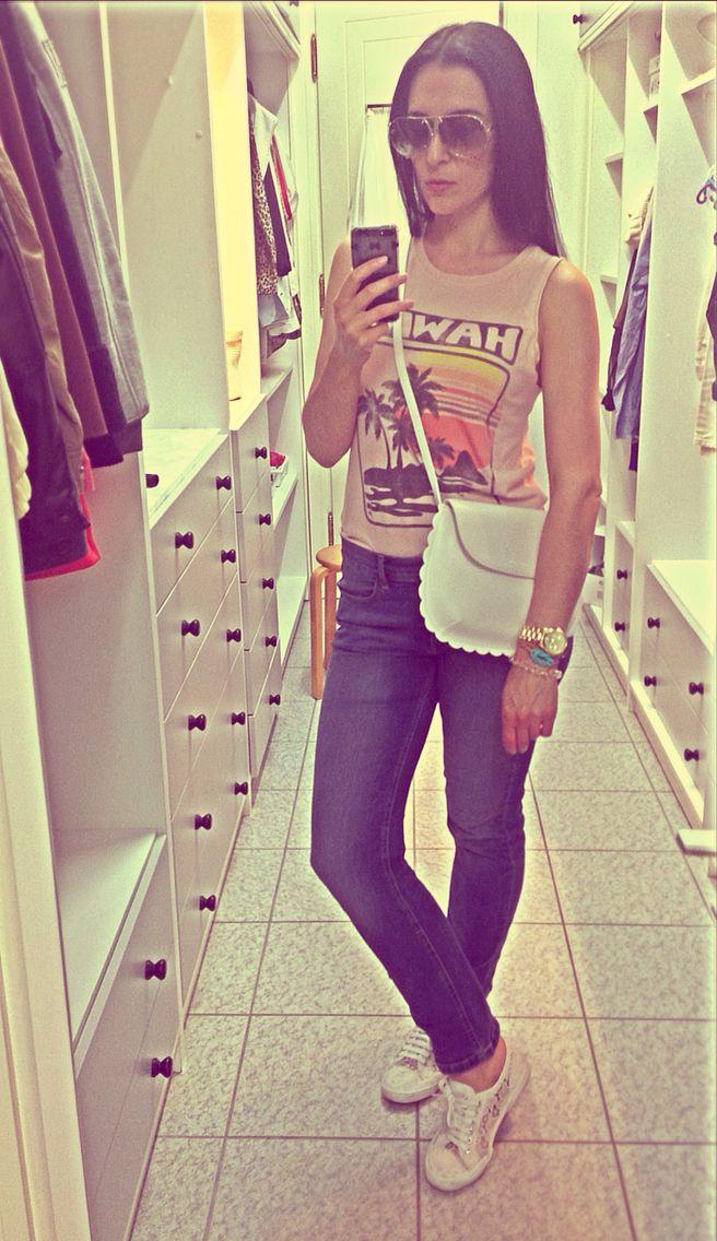 Top bought in Hawaii/jeans Marks&Spencer/purse Charles&Keith/Superga macrame for the Blonde Salad/Porsche Design sunnies/Michael Kors watch/Love me bracelet Aqua