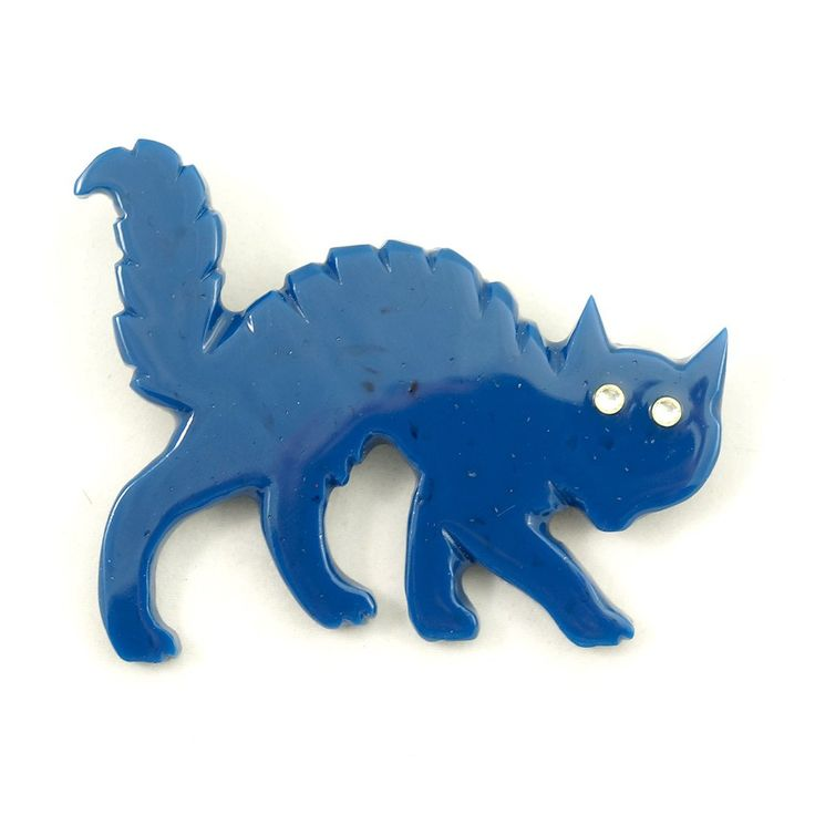 Blue Bakelite Scaredy Cat Pin – Cats Like Us