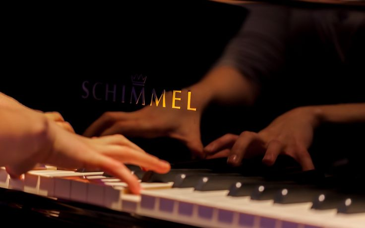 Piano Schimmel Hands HD Wallpaper - ZoomWalls