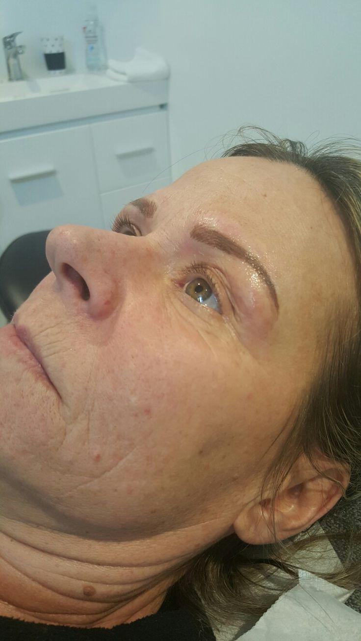 Hairstroke blend cosmetic tattoo eyebrows