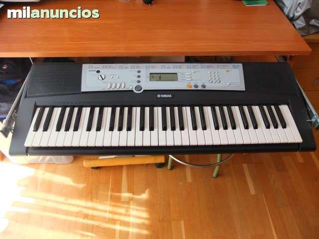 TECLADO YAMAHA YPT-200 - 75$ Coruña
