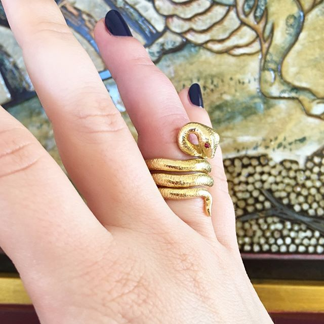 "#workshopwednesday swipe to see how our ""Medusa"" snake ring was handcrafted in our workshop from a wax mold #madeinnyc #craftmanship #gold #ruby #rings"