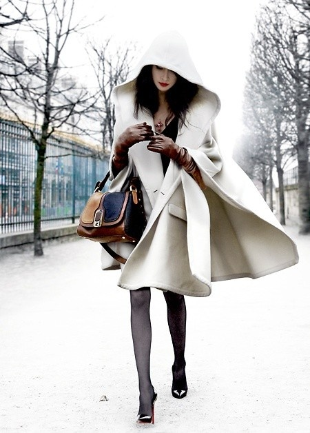Snow White: white coat, pale skin, red lips