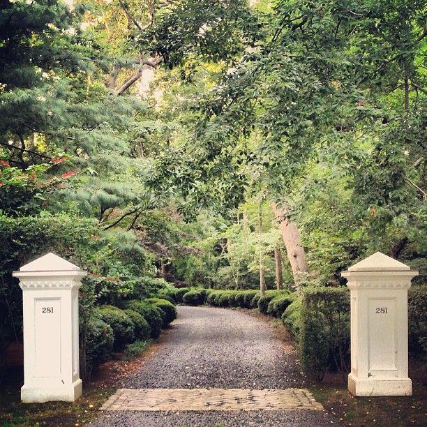 Home Driveway Entrance Ideas: 114 Best Images About Driveways & Gates On Pinterest