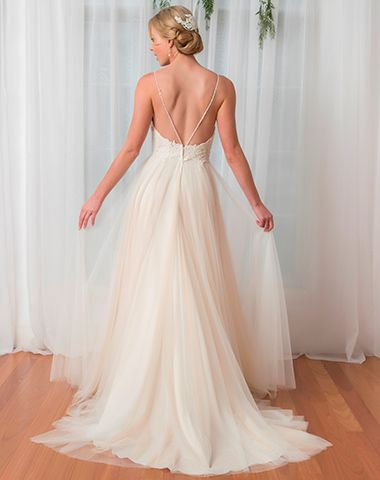 PT 17001 - Peter Trends Bridal