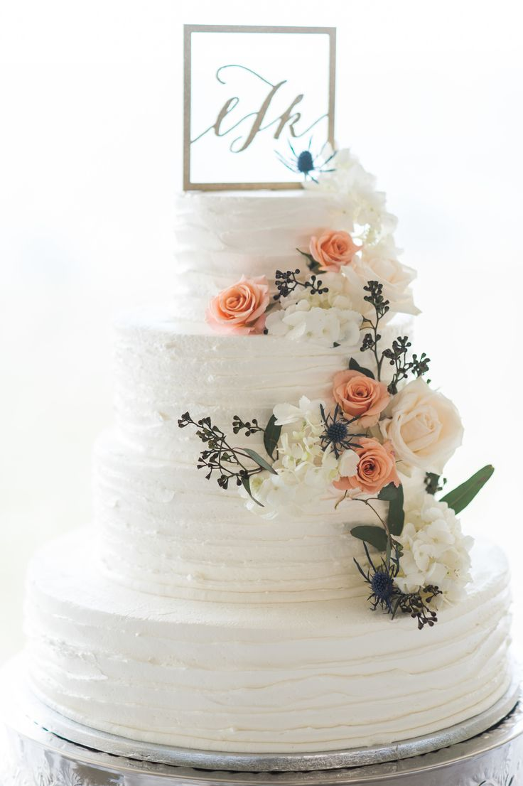 Wedding Cake from Publix Bakery in Florida