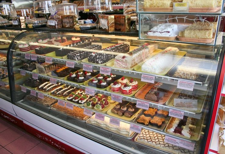Hellas Bakery, Tarpon Springs - this bakery is sinful.......awesome....... can't resist......yummy.....